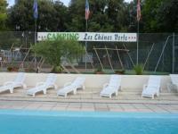 Camping Gaillan en Médoc Location en Bungalow au Camping Les Chênes Verts