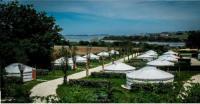 Terrain de Camping Plounévez Lochrist Mer et Yourtes
