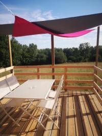 Terrain de Camping Pays de la Loire Roulotte de la basse biguerie proche zoo de la flèche