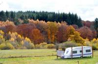 Terrain de Camping Peyrelevade Guillerin Caravan and Glamping
