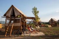 Terrain de Camping Aix les Bains Les Lodges de la ViaRhôna - Tentes Lodges