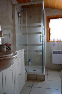 gite Le Barp Two Bedroom Chalet, 64m²