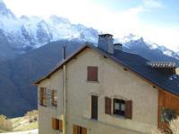 Châlet PACA Cozy Apartment near Ski Lift in La Grave