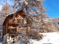 Châlet PACA ChaletauxOrres au pied des pistes et skis aux pieds