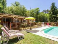 Châlet Aquitaine Modern Chalet in Neuvic with Private Swimming Pool