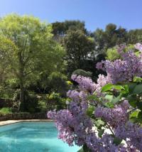 Gîte Nîmes Gîte Mazet indépendant sur jardin piscine