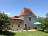 Châlet Poitou Charentes 17th C French Pigeonaire - magical romantic couples retreat