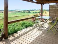 Châlet Midi Pyrénées Chalet with 2 bedrooms in Pauilhac with wonderful mountain view shared pool and furnished garden