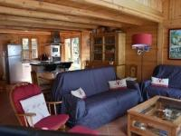 gite Champagny en Vanoise House Beau et chaleureux chalet proche du centre 1