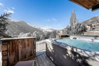 gite Villarodin Bourget Saint-Martin-de-Belleville Chalet Sleeps 10 Pool
