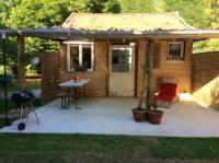 gite Andernos les Bains Chalet with 2 bedrooms in Sanguinet with enclosed garden and WiFi