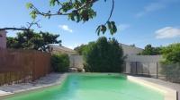 Châlet Arles Le Mazet de Toine villa 8 pers 125m2 piscine en Provence