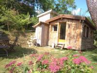 gite Montjoire La cabane en bois