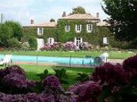 tourisme Saint Hilaire de Loulay CHAMBRE D'HÔTES VINCENDEAU FREDERIQUE