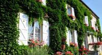 Chambre d'Hôtes Germigny sous Coulombs Maison d'Hôtes Ferme d'Issonges B-B