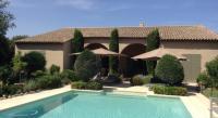 Chambre d'Hôtes Tresques Villa du Sanglier-Chambres d'hôtes