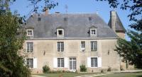 Chambre d'Hôtes Fontaine le Comte Château de Boiscoursier