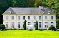 Chambre d'Hôtes Germigny sous Coulombs B-B Château du Saulsoy