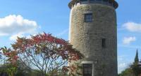 Chambre d'Hôtes Beaucouzé La Tour du Moulin Géant