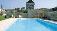 tourisme Cherves Richemont Holiday Home Neuvicq Le Chateau Rue Des Porches