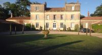 Chambre d'Hôtes Le Landreau Chateau d'Yseron