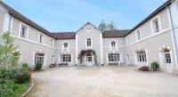 Chambre d'Hôtes La Maison Dieu Château de Sermizelles 2