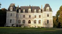 Chambre d'Hôtes La Chapelle Saint Martin en Plaine B-B Château du Logis