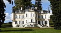 Chambre d'Hôtes Sablons Chateau Junayme