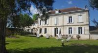 Chambre d'Hôtes Sablons Chateau Magondeau