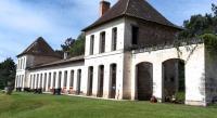 Chambre d'Hôtes Parcoul Château Neuf Le Désert