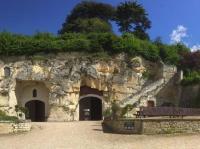 Idée de Sortie Savigny en Véron Cave Monplaisir