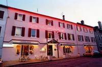 Hotel - Restaurant - Traiteur LE COMMERCE Sévérac le Chateau