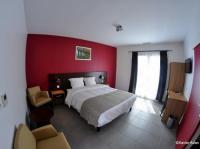 HOTEL DOUCE FRANCE Coursan
