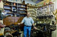 Les outils d´autrefois la boite aux souvenirs Pomps