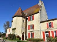 Le Chateau Robillard et son parc Marcenais
