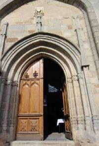 Idée de Sortie Canet de Salars Eglise collégiale de Salles-Curan