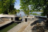 Idée de Sortie Santranges Ecluse et gare d'eau de Mantelot