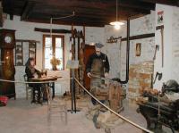 Idée de Sortie Cluis Maison du village et du sabotier