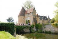 Idée de Sortie Mers sur Indre Château et donjon