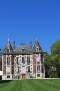 Idée de Sortie Celles sur Ource Château de Val Seine