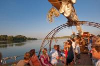Idée de Sortie Savigny en Véron Croisière sur la Loire et la Vienne à bord de La Belle Adèle