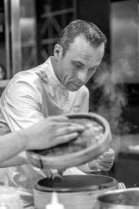 Idée de Sortie Saint Claude de Diray Cours de cuisine avec un chef étoilé à la maison d'à côté