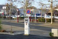 Idée de Sortie Centre Borne de charge électrique pour véhicule