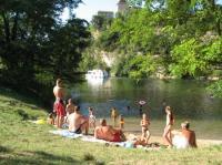 Idée de Sortie Mercuès Baignade dans la rivière Lot à Douelle