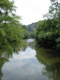 Idée de Sortie Marcilhac sur Célé Baignade du Liauzu dans la rivière Célé à Orniac