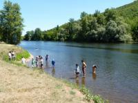 Idée de Sortie Marcillac la Croze Baignade dans la rivière Dordogne à Vayrac