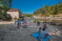 Idée de Sortie Saint Géry Baignade du moulin dans la rivière Célé à Cabrerets
