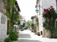 Visite du village médiéval de Pujols-Credit-Michel-Cambon