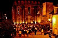 Idée de Sortie Le Buisson de Cadouin Visite théâtrale aux flambeaux de l'Abbaye de Cadouin