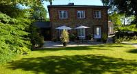 Location de vacances Igny Location de Vacances Bed - Breakfast La Clepsydre